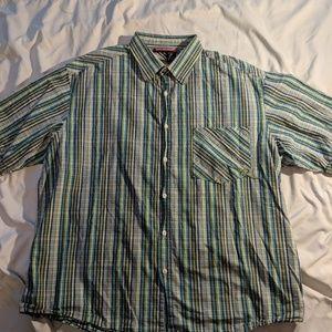 Rocawear Mens XL short sleeved shirt